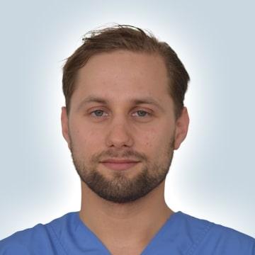 Tandarts Evgeny Aknaev