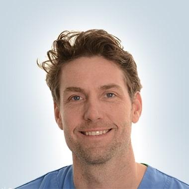 Tandarts-implantoloog Jurriaan Den Drijver